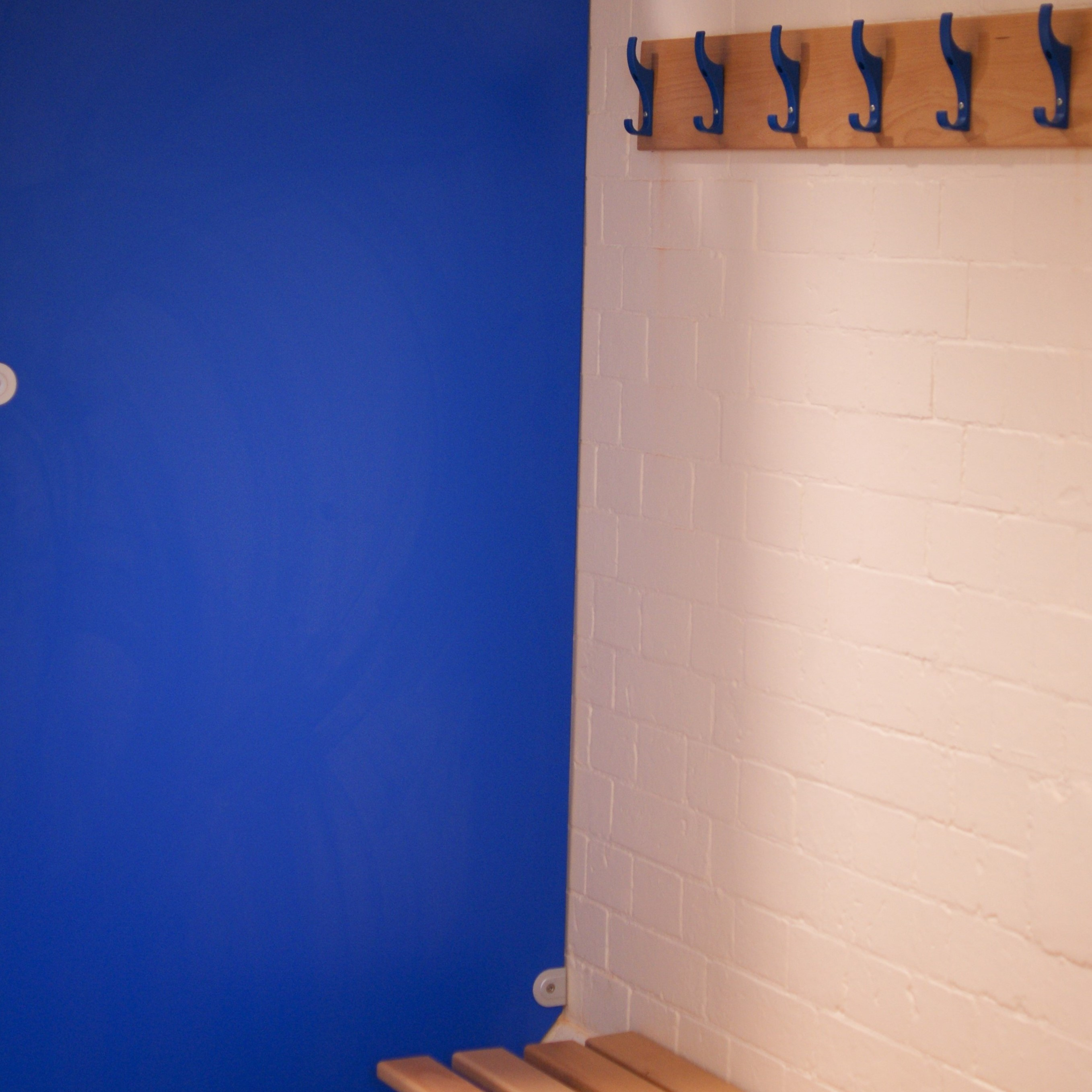 Changing room blue 4